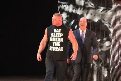 WWE-Paul-Heyman-vor-Abschied-Vertrag-noch-nicht-verl-ngert